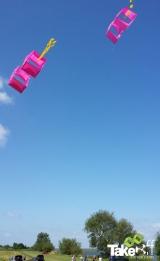 <h5>Schitterende dag om te vliegeren.</h5><p>We hadden het niet beter kunnen treffen voor dit bedrijfsuitje. Blauwe lucht, lekker temperatuurtje en een mooi windje. TOPDAG!</p>
