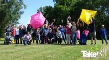 <h5>Teamfoto</h5><p>Leuke groepsfoto met enkele Reuzenvliegers die deze middag gebouwd zijn.</p>