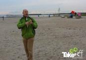 <h5>Vliegeren op het strand.</h5><p>Vliegeren op het strand in Harderwijk.</p>