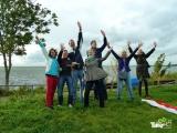 <h5>Uitbundige deelnemers!</h5><p>Dit is wat we graag zien tijdens een bedrijfsuitje! Blije en enthousiaste deelnemers als ze de reuzenvlieger oplaten.</p>