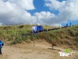 <h5>Megavlieger op het strand</h5><p>De Megavlieger komt heelhuids aan op het strand van Bergen aan Zee.</p>