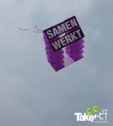 <h5>Megavlieger 's Heerenloo</h5><p>Megavlieger in de lucht, mooie prestatie mensen!</p>