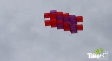 <h5>3D Megavlieger in Maastricht</h5><p>De Megavlieger in Maastricht in hoog in de lucht.</p>