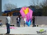 <h5>Reuzenvlieger startklaar in Harderwijk.</h5><p>Hele grote reuzevlieger in Harderwijk gebouwd bij een familiedag.</p>