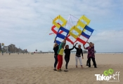 <h5>De teamvlieger oplaten</h5><p>Oplaten van de teamvlieger in Scheveningen. Leuke teambuilding workshop!</p>