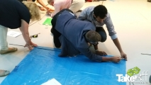 <h5>Samenwerken is een must!</h5><p>Alleen door goed samen te werken kunnen jullie de ultieme Megavlieger bouwen.</p>