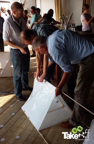 Samenwerken aan een Megavlieger in Zandvoort.