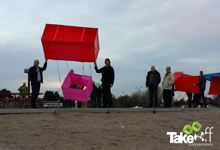 3D Reuzenvlieger bouwen als bedrijfsuitje of vergaderbreak.