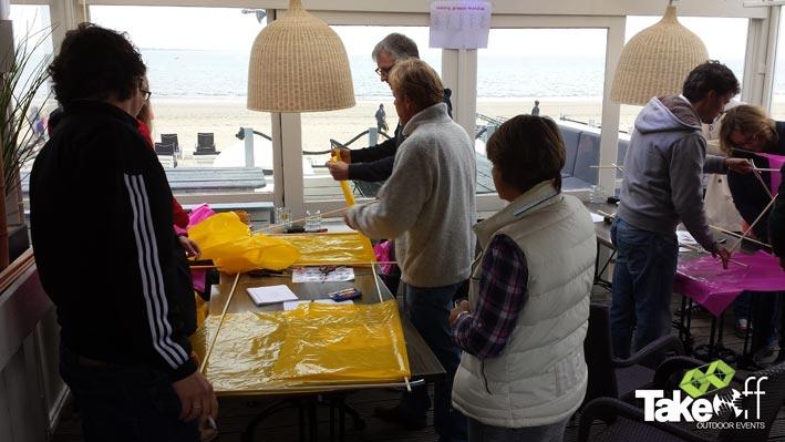 Workshop vliegers bouwen in Rockanje bij Salsa Beachclub.