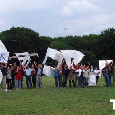 teamuitje met vliegers bouwen in Nijmegen