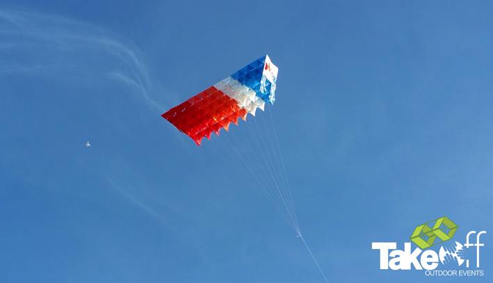 Megavlieger bouwen met 200 personen!