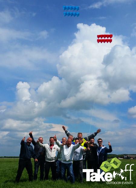 Teamfoto bij de workshop Megavlieger bouwen.